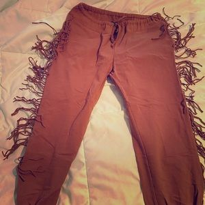 Kittenish pants